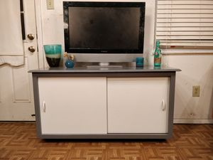 """Gray & white solid wood big TV stand for big TVs with shelves in good condition driveway pickup. L50.5""""*W19.5""""*H27"""" for Sale in West Springfield, VA"""