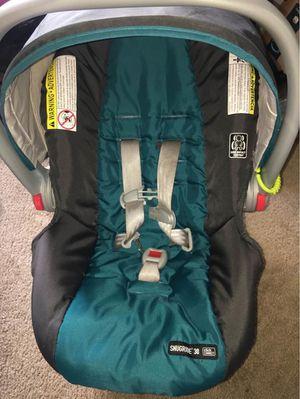 Graco snugride car seat for Sale in Burlington, NC