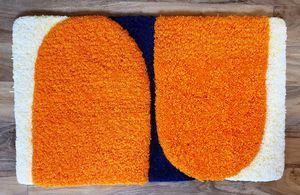 Hand tufted rug for Sale in Windermere, FL