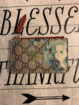 Gucci GG Supreme Blue Floral wallet for Sale in Sacramento, CA
