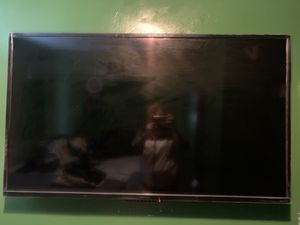 Roku tv for Sale in Akron, OH