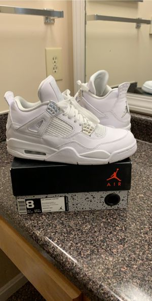 Jordan Retro 4/ Women's/ size 8 for Sale in Lexington, KY