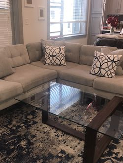 Glass/wood Modern Coffee Table for Sale in Centreville,  VA
