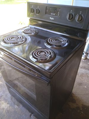 Whirlpool Electric Stove for Sale in Longview, TX