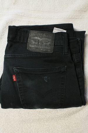 32x32 black Levi's pants for Sale in Portland, OR