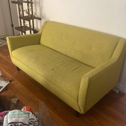 MID CENTURY INSPIRED AVOCADO COUCH!! for Sale in Los Angeles,  CA