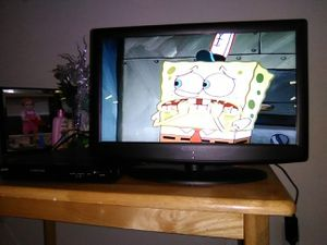 24 inch HD TV + DVD player for Sale in Parma Heights, OH