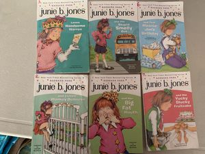 6- junie B jones chapter books for Sale in Columbus, OH