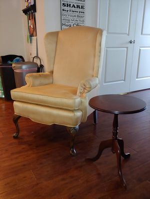 Wingback chair and table for Sale in Bartow, FL