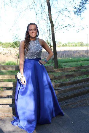 prom dress size 4-6 for Sale in Murfreesboro, TN