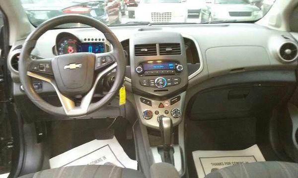 2015 Chevy sonic