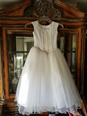 Flower girl dress size 5-6 for Sale in Inman, SC