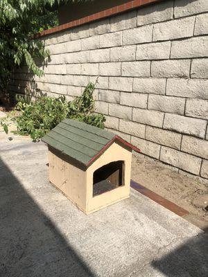 Small dog/cat house for Sale in Pico Rivera, CA