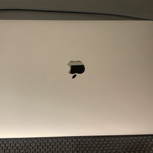 "Macbook Pro 15"" (Late 2016) (Will go to Ebay if local buyer is not found soon) for Sale in Las Vegas, NV"