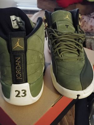 Jordan olive 12s w/ matching windbreaker for Sale in Sacramento, CA