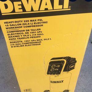15 Gallon Dewalt heavy duty Compressor for Sale in McKinney, TX