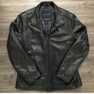 Vintage Tommy Hilfiger Leather Jacket Size L for Sale in Austin, TX