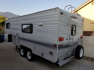 Clean Well Taken Care Of 1994 Aljo By Skyline 19Foot Fifth Wheel Camper Trailer RV 5th for Sale in Upland, CA