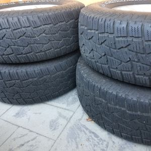 """Used tire All terrain Back county 265/70/16"""". Out of Toyota Tundra 6 blug. 95% for Sale in Renton, WA"""