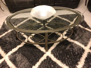 I coffee table and 2 side table for Sale in Boca Raton, FL