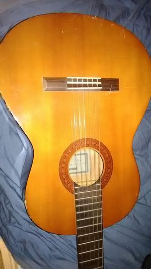 YAHAMA C-40 ACOUSTIC GUITAR for Sale in Yardley, PA