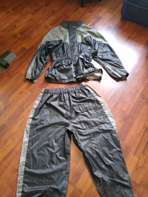 Thunder motorcycle rain gear for Sale in North Attleborough, MA