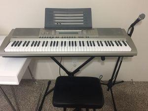 Casio WK-200 76-Key Digital Keyboard Workstation for Sale in Miami, FL