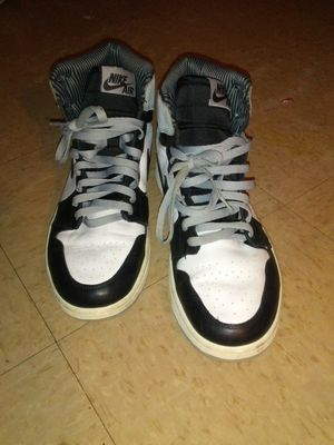 Jordan baron 1 / Jordan cement 4 size 13 for Sale in Baltimore, MD
