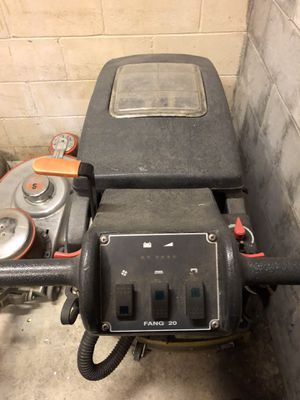 Kent Euro Clean automatic floor scrubber for Sale in Aliquippa, PA