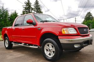 FORD F-150 2002 Lariat RED TRuCK for Sale in Buffalo, NY