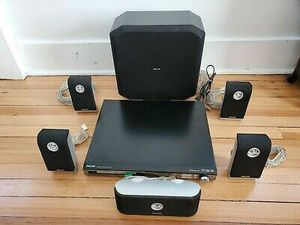 PHILIPS DVD Home Theater - HTS3400 (FREE) for Sale in Issaquah, WA