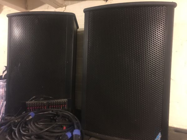 Complete Professional sound system w/amps & rack