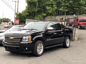 2013 Chevy Avalanche LTZ for Sale in Attleboro, MA