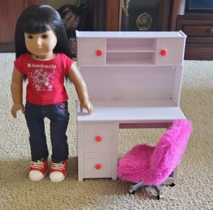 Doll desk and chair for Sale in Houston, TX