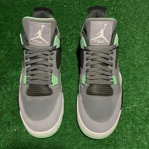 Jordan 4 Green glow for Sale in West Palm Beach, FL