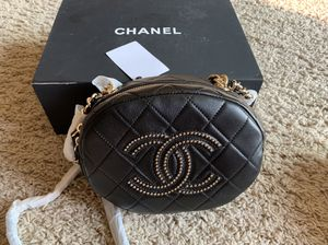 Beautiful Chanel bag / actual pics/ for Sale in Patterson, CA
