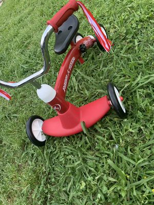 Radio Flyer Scoot About Tricycle for Sale in Houston, TX