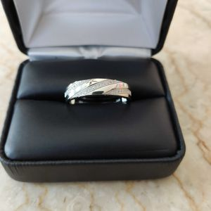 New with tag Solid 925 Sterling Silver MEN'S WEDDING Ring size 11 $125 OR BEST OFFER ** WE SHIP!!📦📫** for Sale in Phoenix, AZ