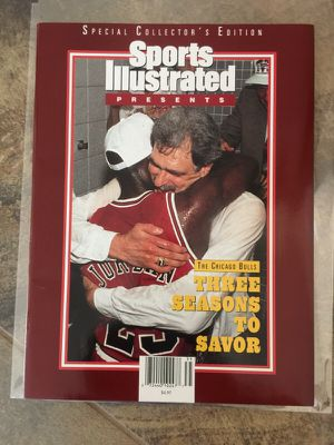 Chicago Bulls Michael Jordan Sports Illustrated 1993 Special Collectors Edition. for Sale in Queen Creek, AZ