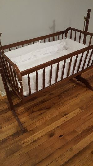 Baby crib for Sale in McMinnville, TN