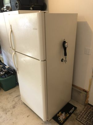 Refrigerated beer keg tap system Kegerator for Sale in Washington, PA