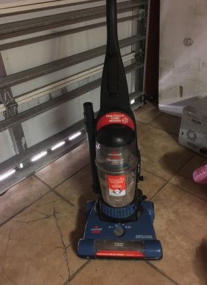 Bissel perfect functioning vacuuming for Sale in Pembroke Pines, FL