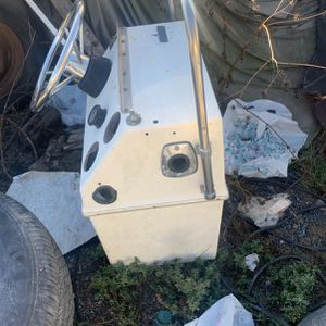 Center Console For Small Boat for Sale in San Diego, CA