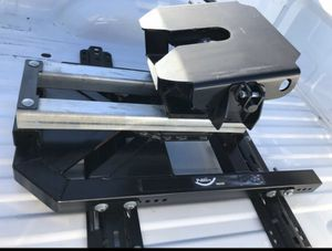 Pullrite Superglide 18k fifth wheel hitch for Sale in Dothan, AL