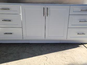 Restroom Countertop for Sale in Cerritos,  CA
