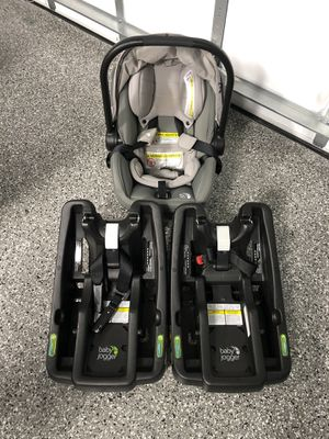 Baby jogger car seat and bases for Sale in Fort Lauderdale, FL