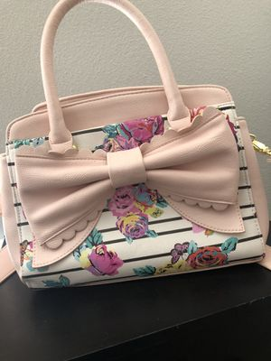 Betsey Johnson purse for Sale in Atascadero, CA