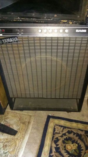 """Yamaha Fifty 115B Bass amp guiart keyboard amp 15"""" seaker works great for Sale in Knoxville, TN"""