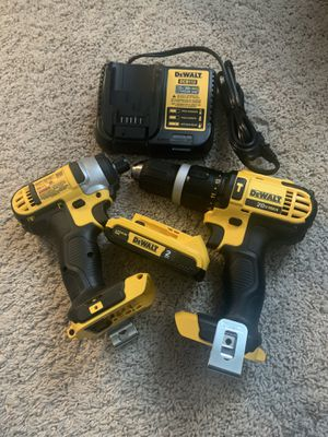 Dewalt 20 Volt Hammerdrill/ Impact gun combo with 1 - 2Ah battery and charger for Sale in Woodridge, IL