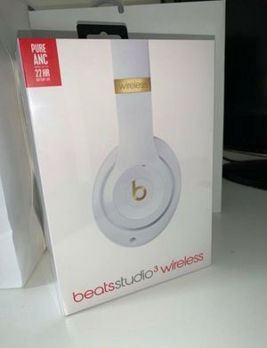 Brand New Sealed White Beats Studio 3 Wireless Headphones NEW! for Sale in Fresno, CA